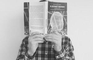 José Antonio Llorente es el autor de El Octavo Sentido.