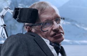 En esta nueva campaña, Jaguar ha elegido a Hawking como su embajador de marca.