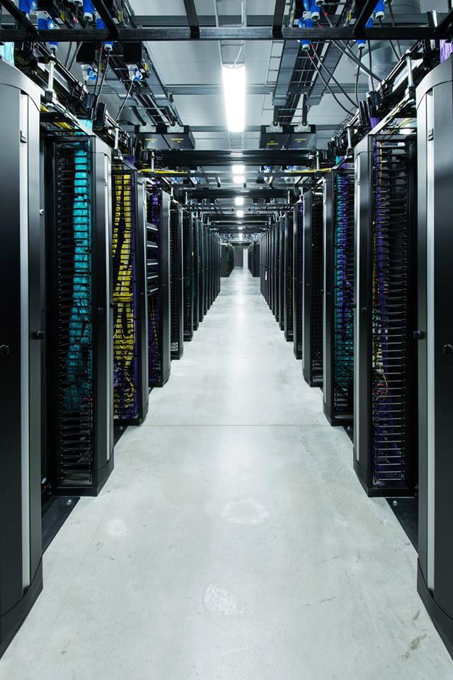 servidores-facebook-12