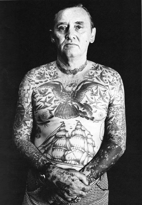 idosos-tatuados-08
