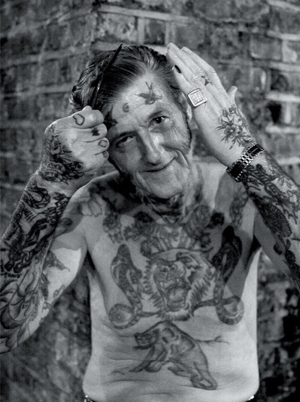 idosos-tatuados-21