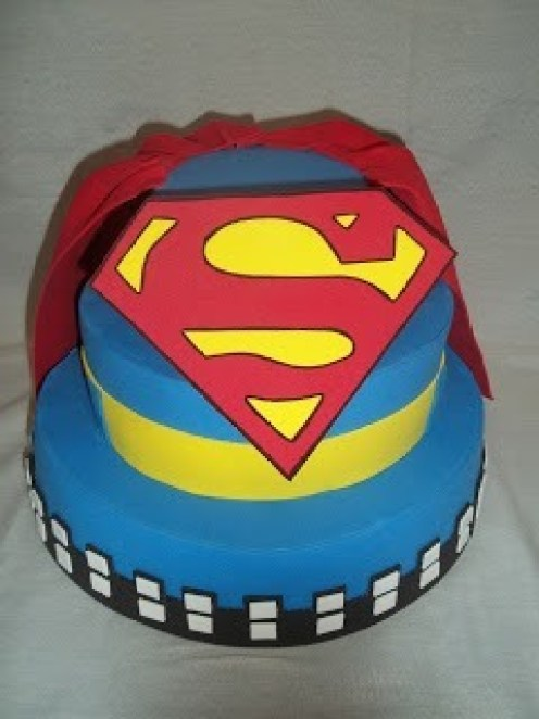 bolo-cenografico-fake-falso-superman-3-andares-7990-MLB5304175329_102013-O