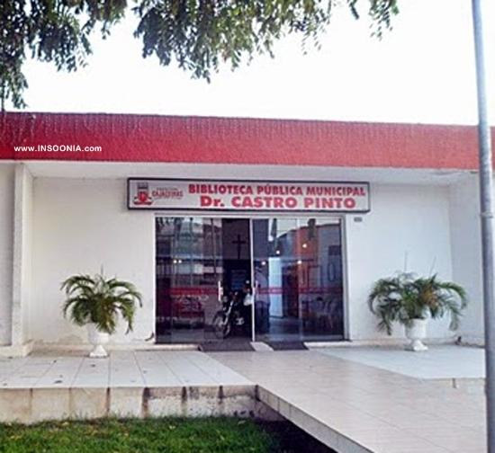 Biblioteca municipal da cidade de Cajazeiras - Paraíba. - leitora bruna moreira