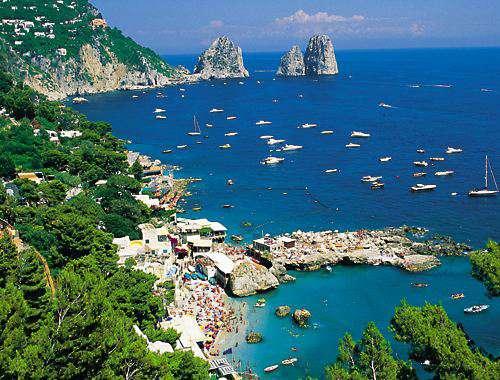 CAPRI ISLAND CAMPANIA SOUTH ITALY  HOLIDAYS TRAVEL