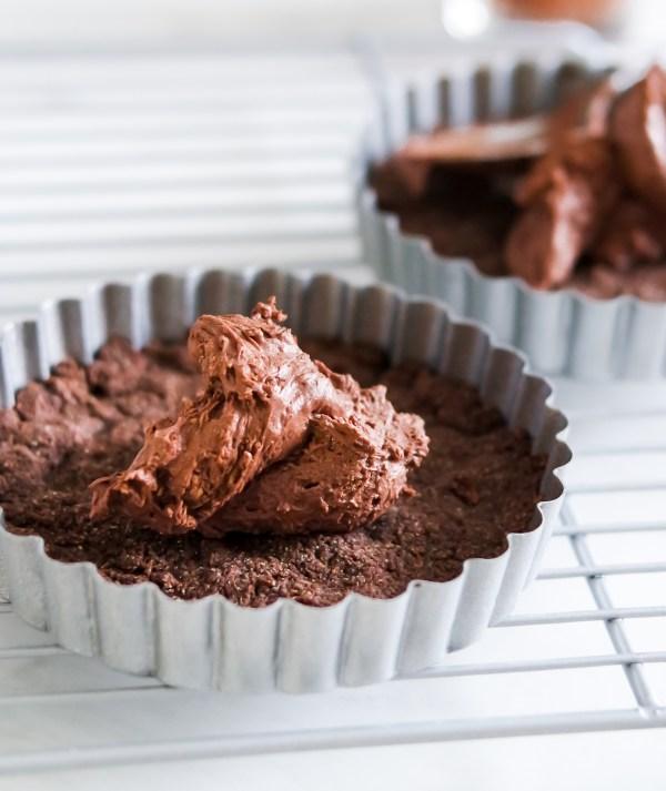 Low Carb Salted Caramel Brownie Tarts-0656