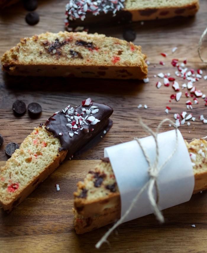 candy-cane-biscotti-13