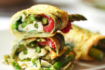 Asparagus Mozzarella & Roasted Red Pepper Omelette