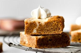Swirly Cheesecake Pumpkin Bars 🍂☕ {Low Carb & GF}