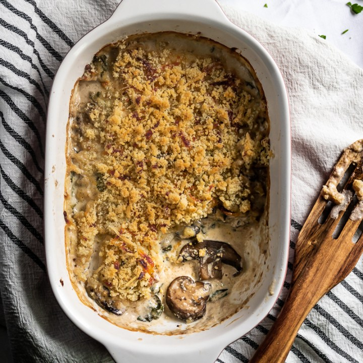 Super Creamy Stuffed Mushroom Casserole! {Low Carb & Gluten Free}