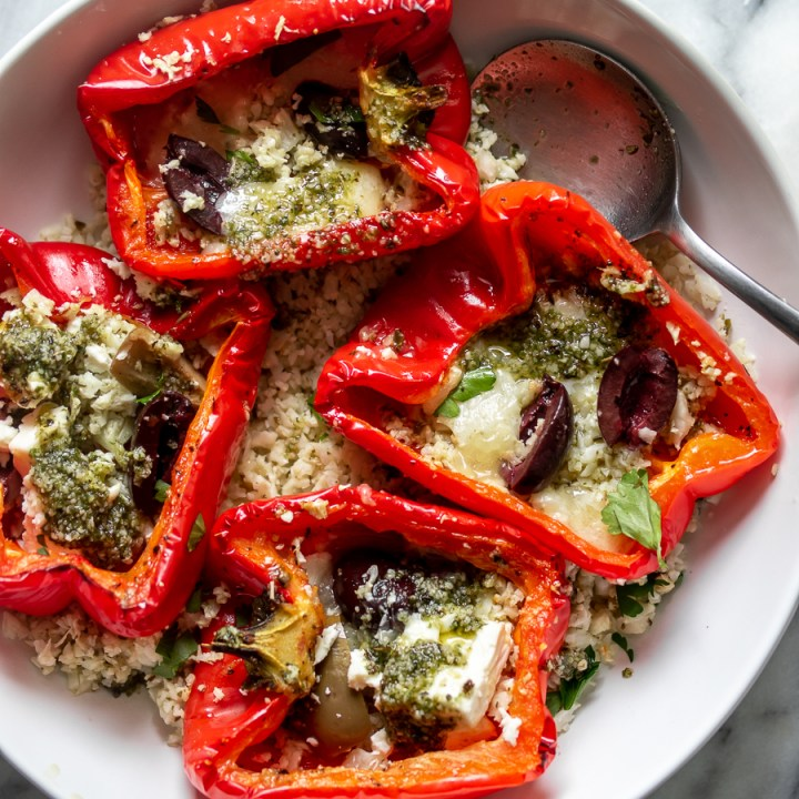 Mediterranean Roasted Red Peppers & Pesto Cauliflower Rice