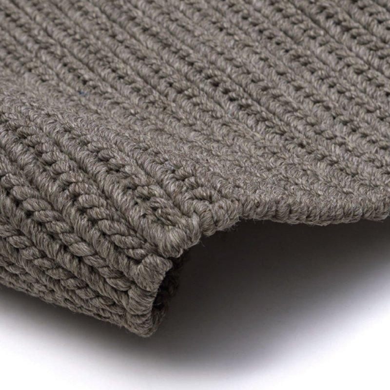 tapis d exterieur gris en polypropylene inspiration luxe