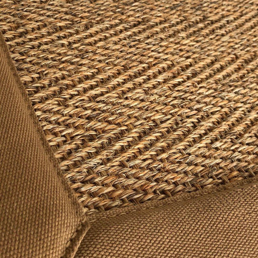 tapis sur mesure en sisal chaume naturel finition gansee