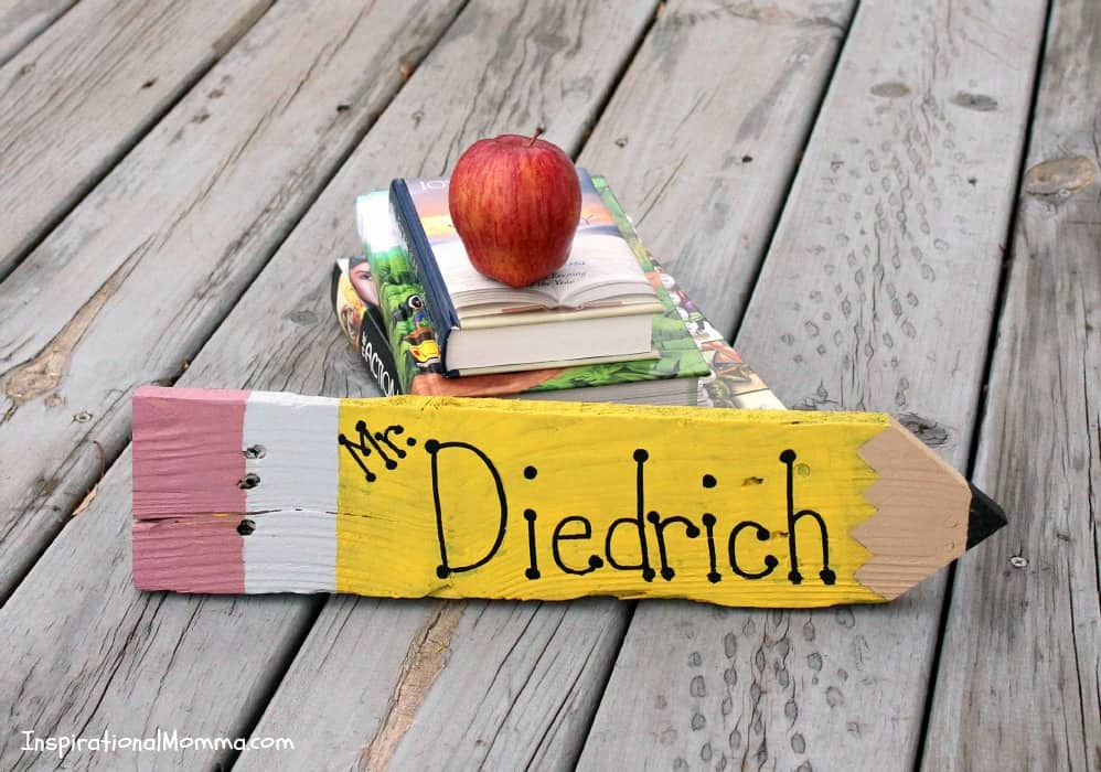DIY Teacher Pencil Sign - This simple, inexpensive sign is created from recycled pallets and will be a perfect addition to any classroom. A guaranteed A+.