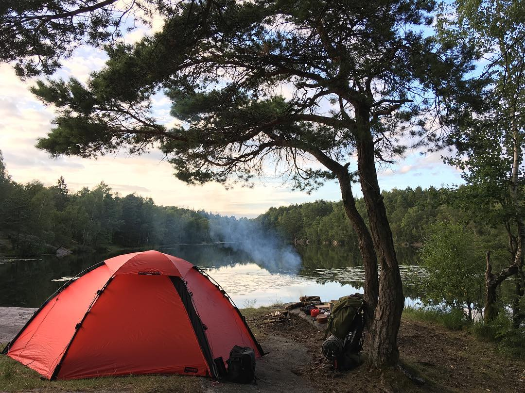 Camp next to a lake
