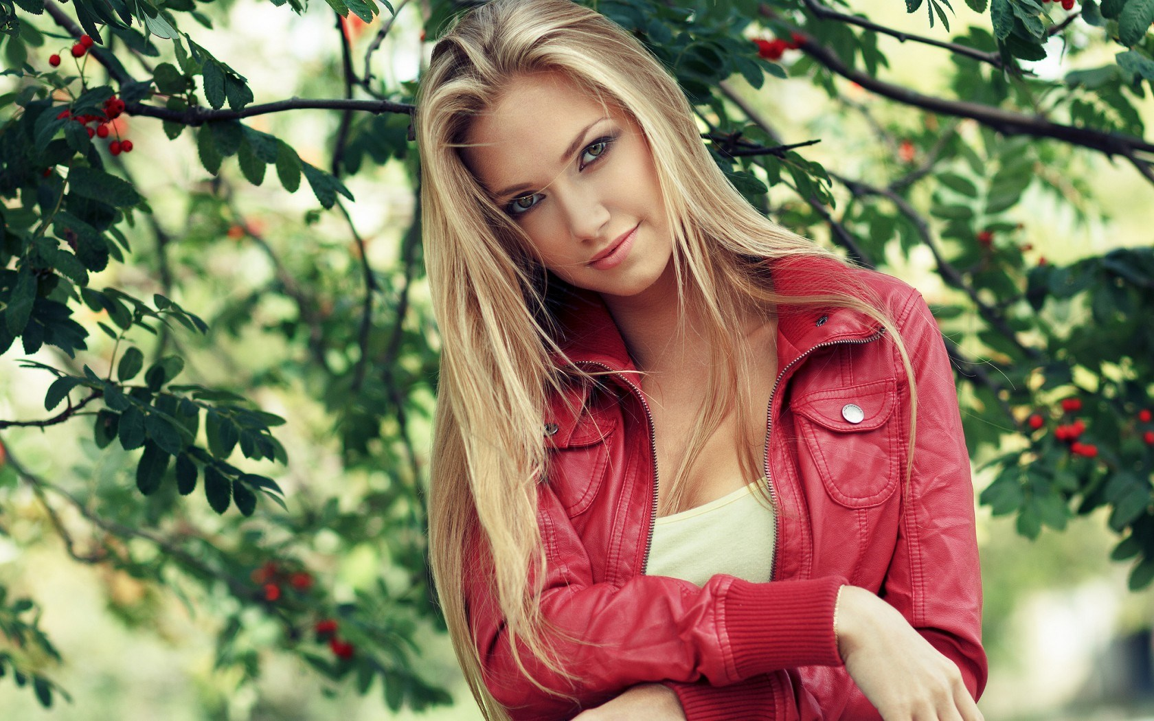 Ru Girl Garden Wallpaper Blonde Girl With Red Jacket Photography Wallpapers On