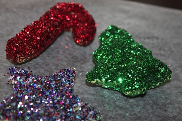 Bread Ornaments with glitter on top