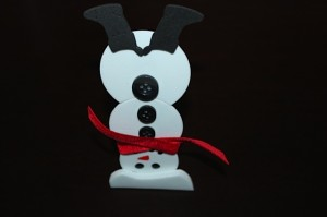 finished upside down snowman magnet