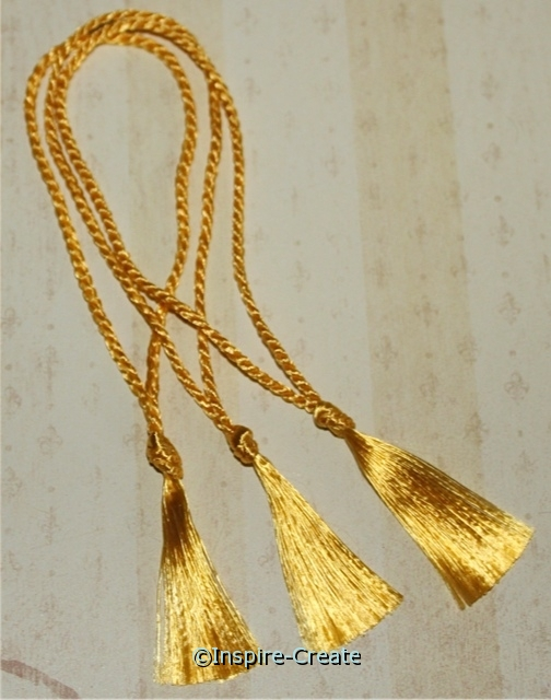 Bookmark Tassels Flag Gold (50)*