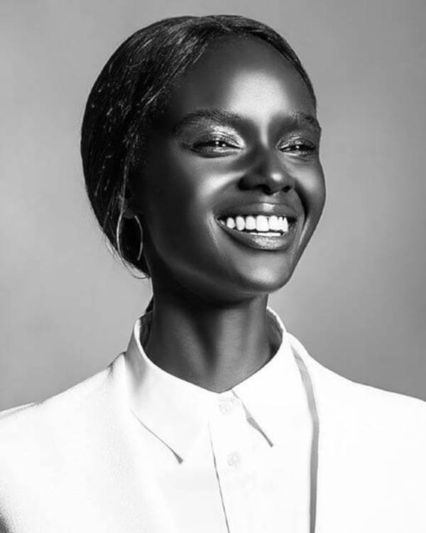 Most Attractive Australian-Sudanese Model Looks Like A Real-Life Barbie - 7