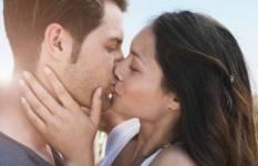 1.-Lengthiest-Kiss