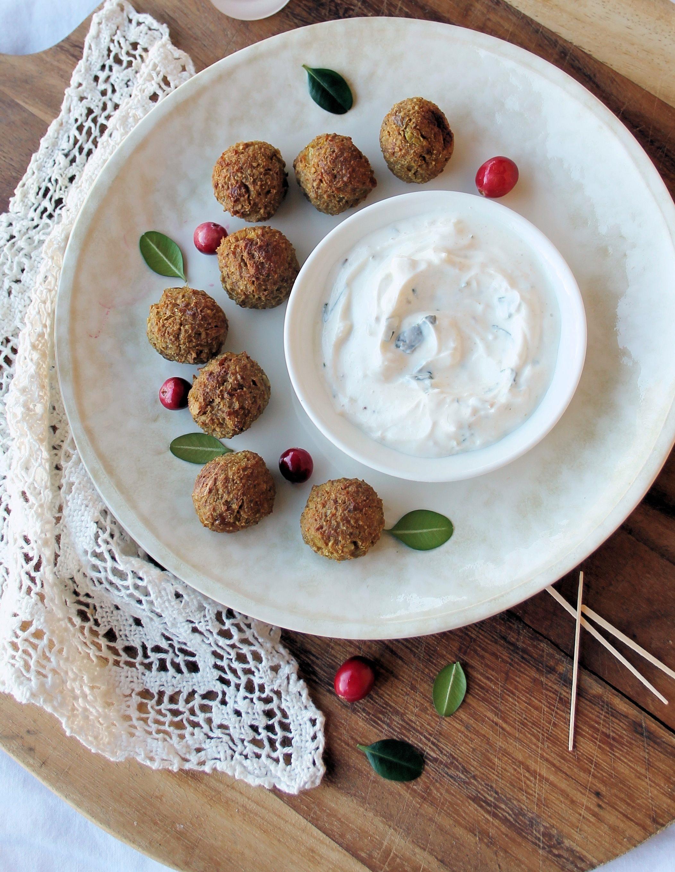 Baked Quinoa Balls with Yogurt Dip (Gluten-Free, Vegetarian)