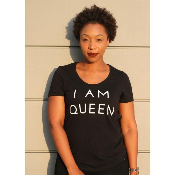I AM QUEEN Women Shirt