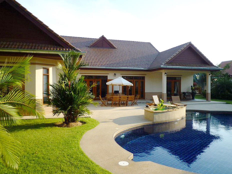 4 Bedroom House for Sale in Nongplalai Pattaya  Inspire
