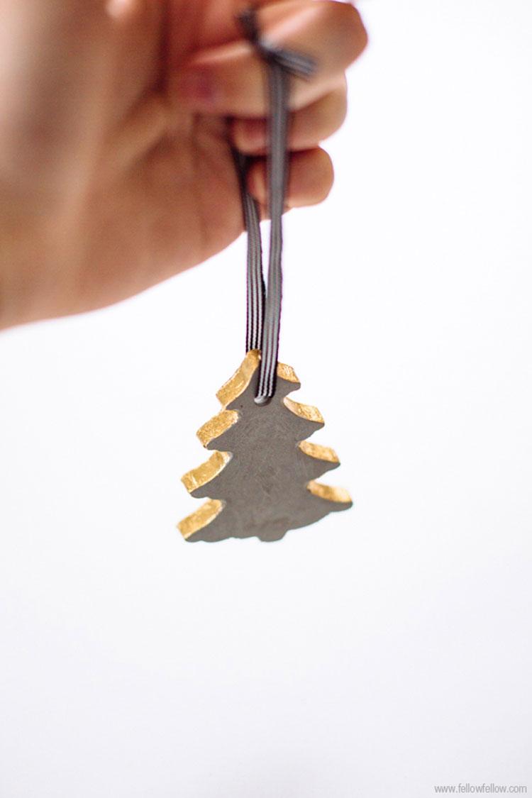 decorare casa per Natale con il cemento