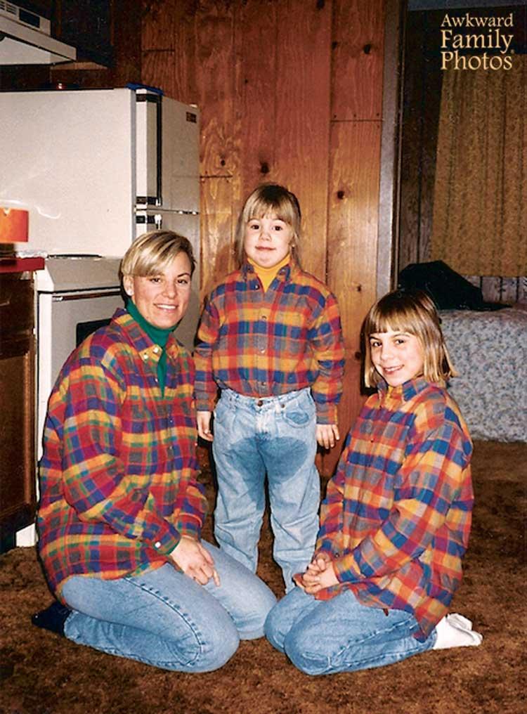 Awkward Family Photos For Christmas Inspire We Trust