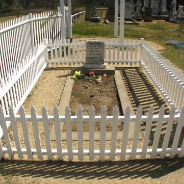 15 - Thunderbolt's Grave
