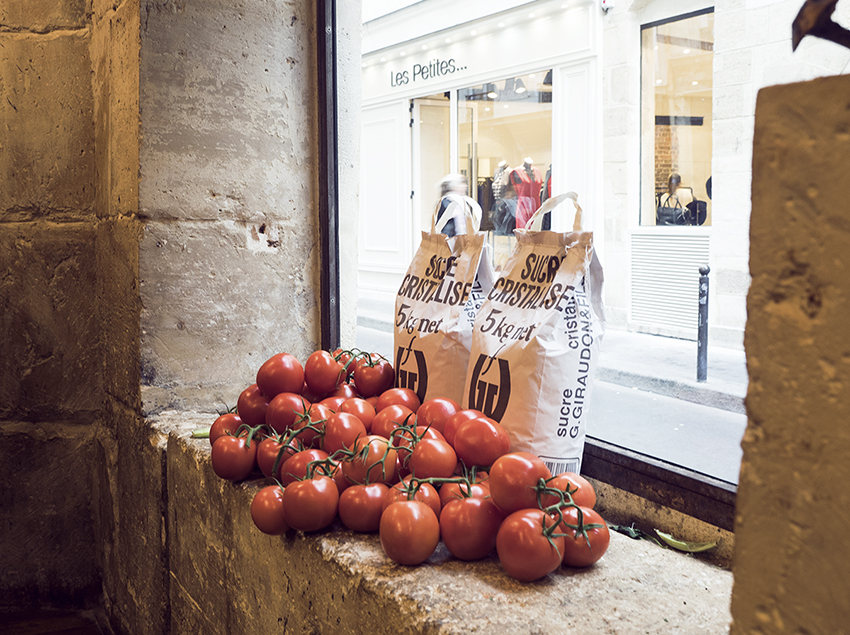 Tomatoes Window