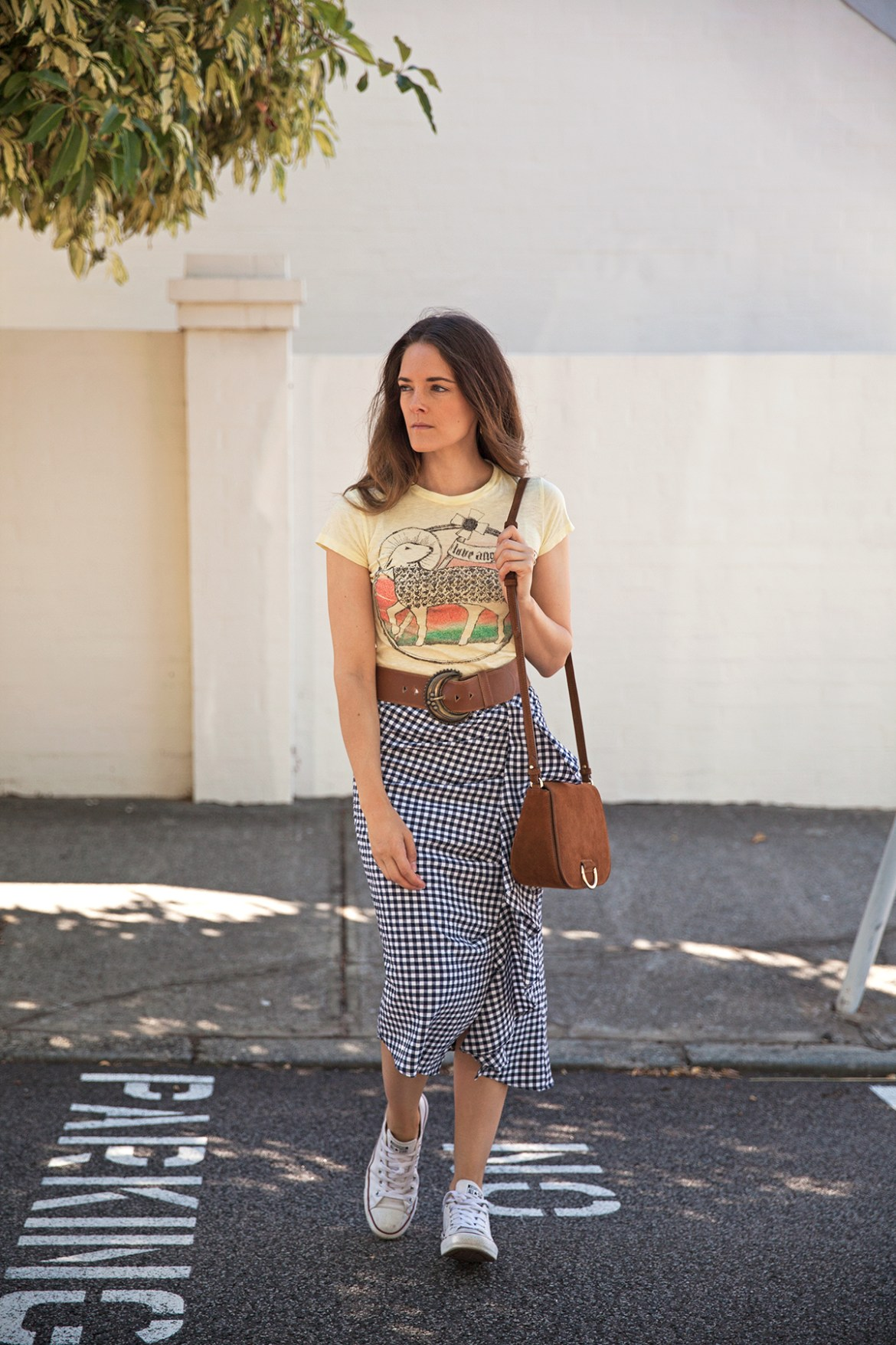 Inspiring Wit fashion blogger from Australia in Topshop gingham ruffle skirt for spring 2017 and suede Little Liffner bag statement belt