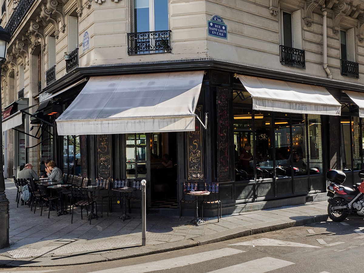 Parisian Bistro, Inspiring Wit travel blogger, ultimate guide to Paris
