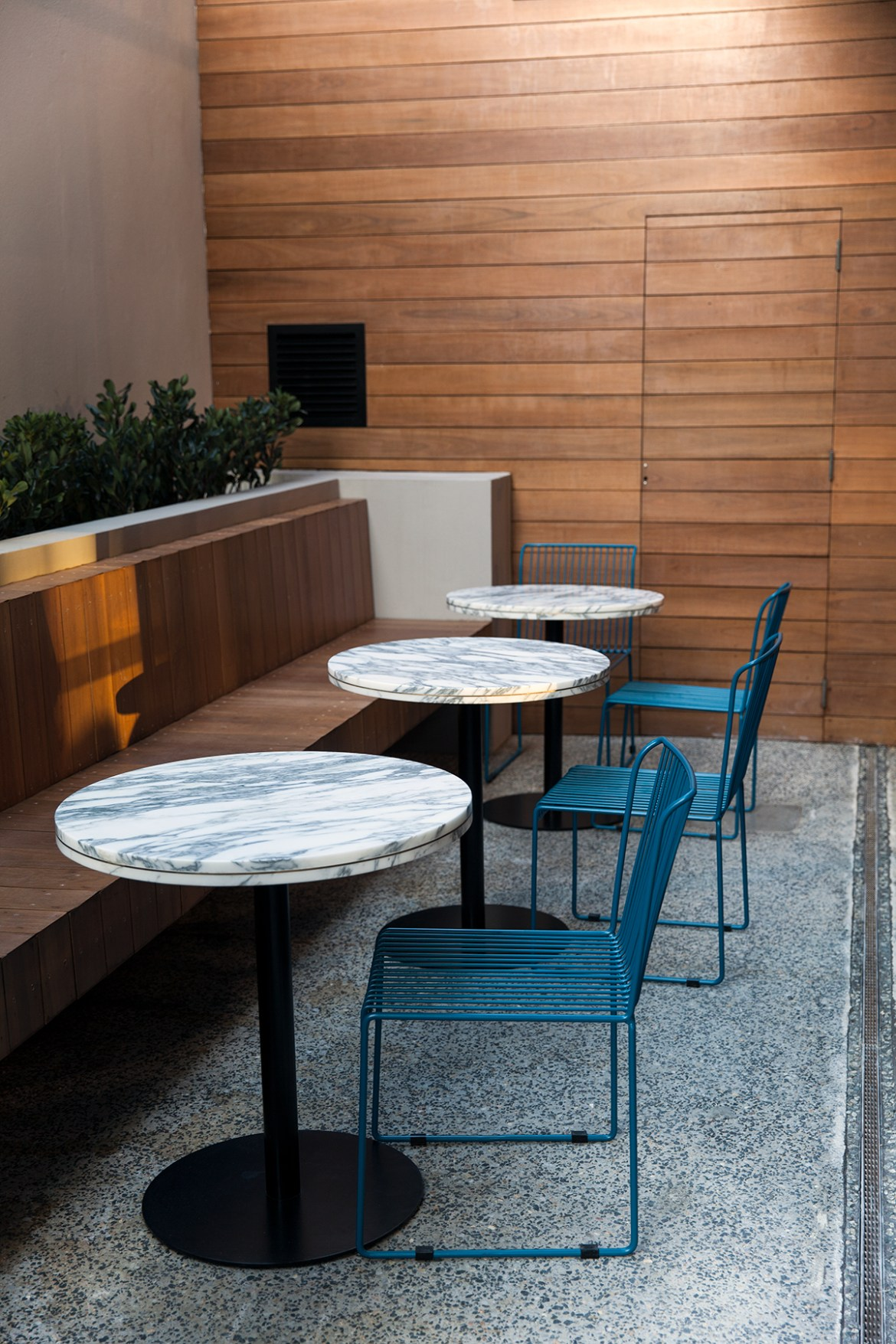 Tribe Hotel Perth marble tables, Jenelle from travel blog Inspiring Wit boutique hotel profile