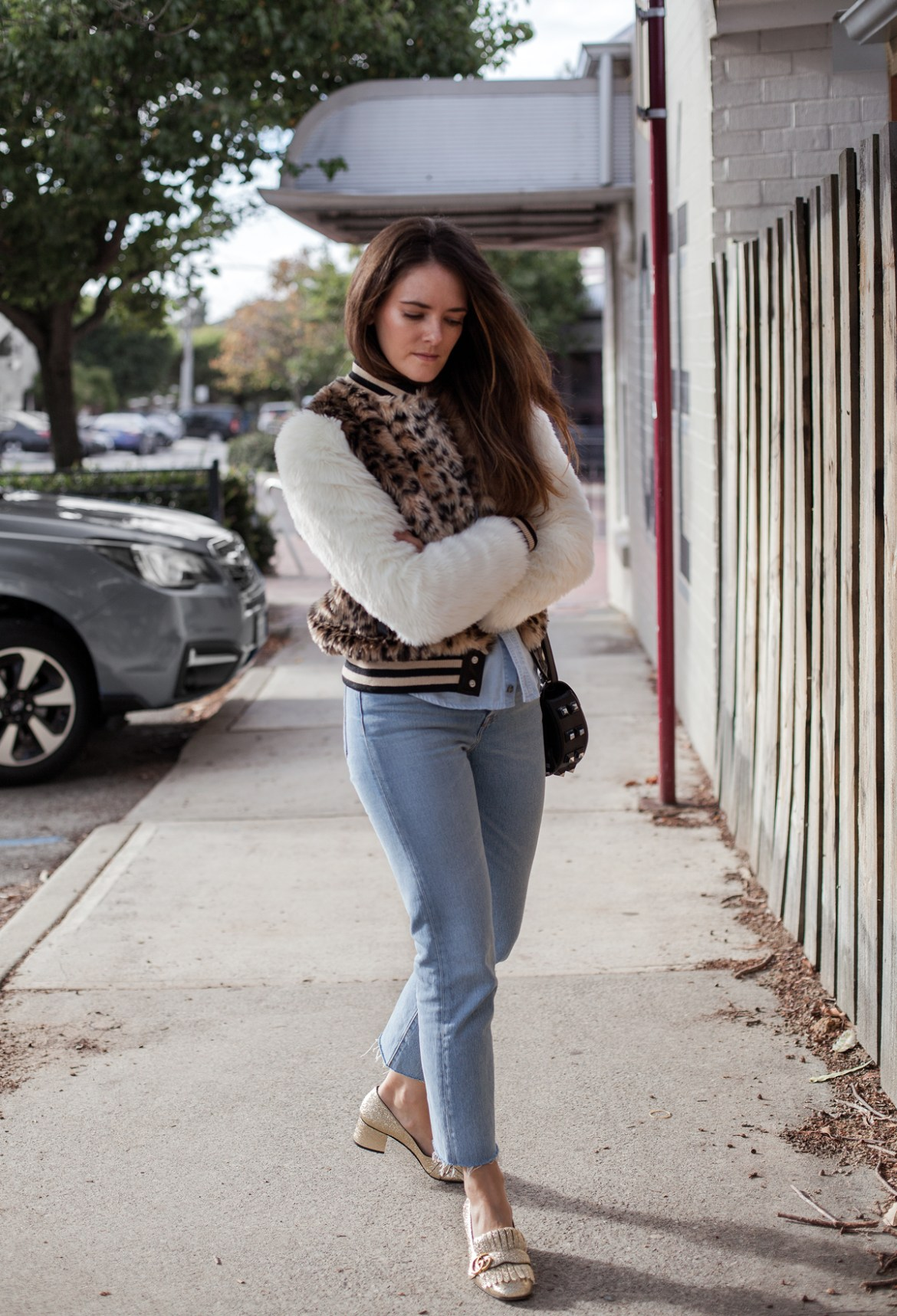 Mother The Baseball Snap Jacket faux fur leopard print with Levi's jeans and Gucci Marmont Shoes in gold worn by Inspiring Wit blogger Jenelle Witty