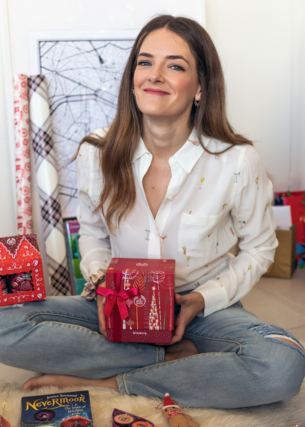 2018 Christmas gift guide Inspiring Wit blog featuring tween gifts The Body Shop Strawberry body gift boxes
