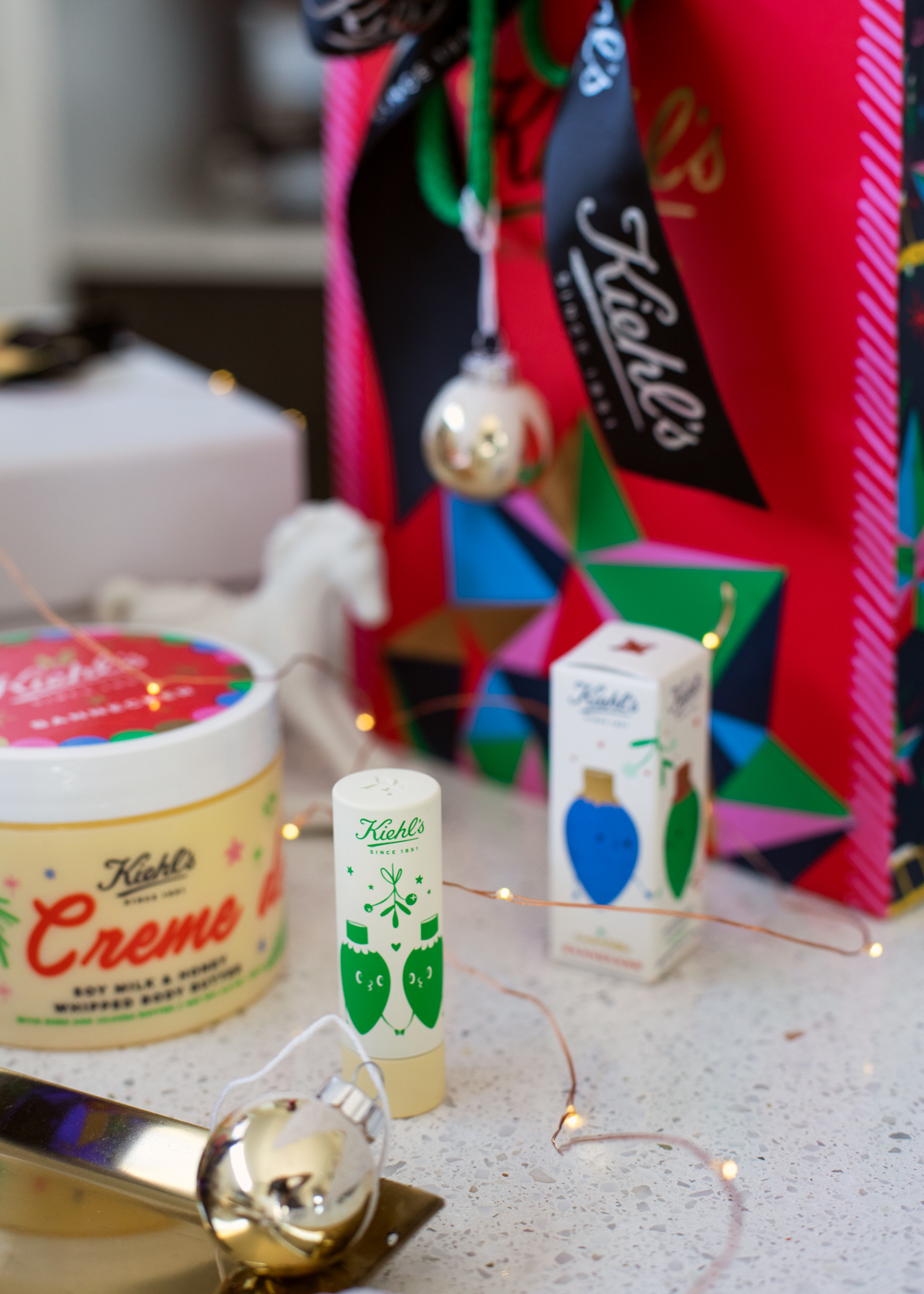 2018 Christmas gift guide Inspiring Wit blog featuring beauty gift ideas Kiehl's Christmas products