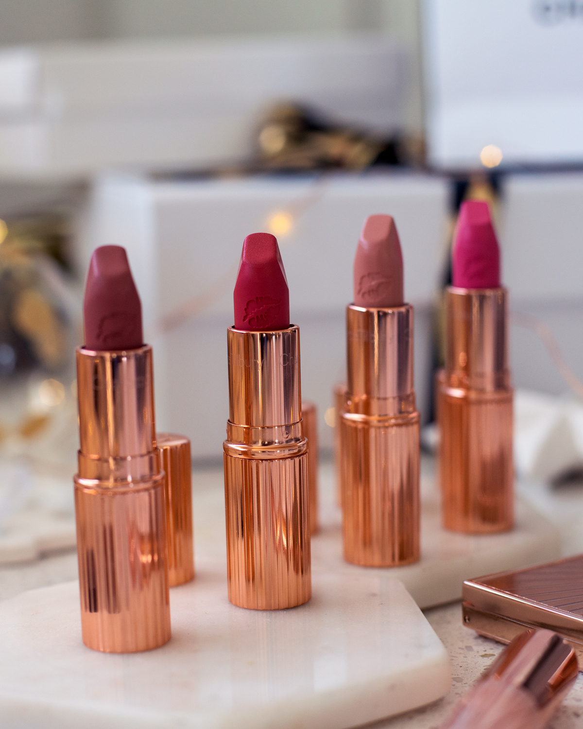 2018 Christmas gift guide Inspiring Wit blog featuring beauty gift ideas Charlotte Tilbury products lipsticks