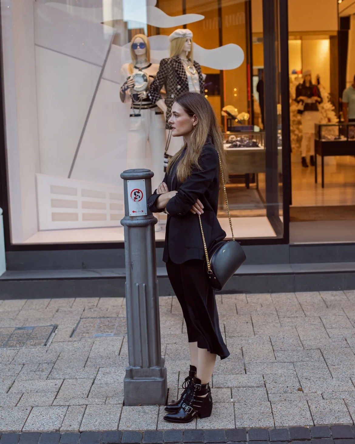 Anine Bing schoolboy blazer and slip midi skirt worn with Chloe Rylee boots by Australian blogger Jenelle from Inspiring Wit talking about how time off of my phone makes me get more creative