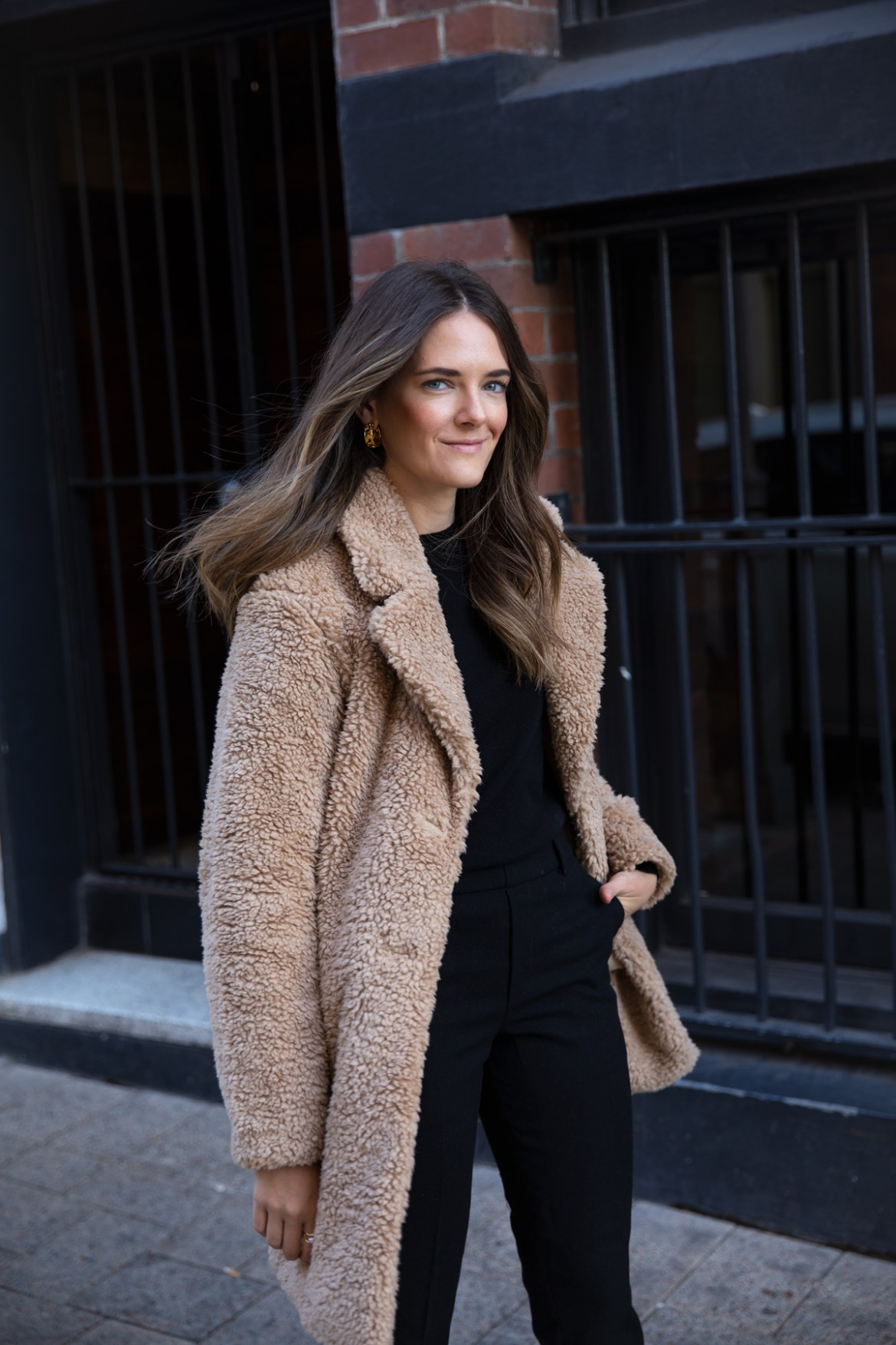 fleece teddy coat from Uniqlo with wool pants for Autumn Winter outfit ideas worn by Inspiring Wit fashion blogger Jenelle