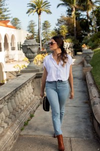 Jenelle Witty from Inspiring Wit wearing blue wedgie jeans