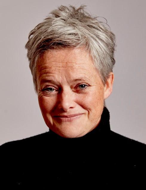 Portrait photo of Rachel Conlon