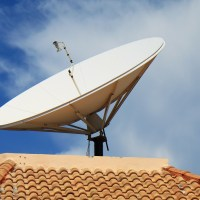 ¿Cómo puedo obtener Internet satelital?