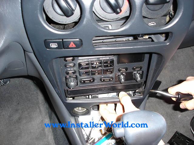 1997 geo metro radio wiring