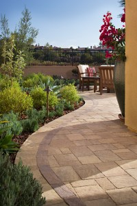 How to Maximize Your Side Yard to Enhance Your Outdoor ...