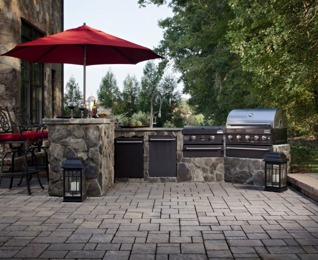15 outdoor kitchen countertops (ideas + tips) | install-it-direct