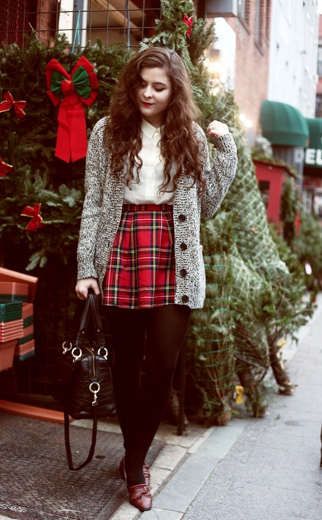 25 Superb Christmas Outfit Ideas To Try This Year