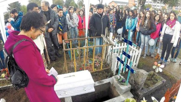 Adopting Dead Babies – Bernarda Gallardo