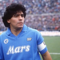 « Diego Maradona » : L'enfant terrible du foot a enfin son biopic