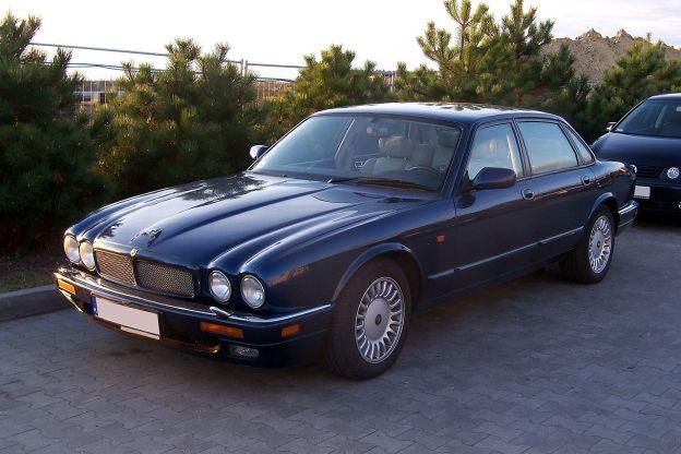 Jaguar X300 Radio Code